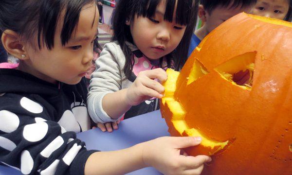 Carving Jack O lanterns for Halloween